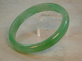 One Major Fashion Trend That Has Surfaced Throughout The Years Is Wearing Jade Bangles Are Often Worn By Women Not Only Because Of Stone S